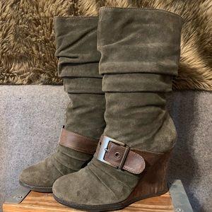 Dr. Scholl's Suede Dark Green & Brown Buckle Boots